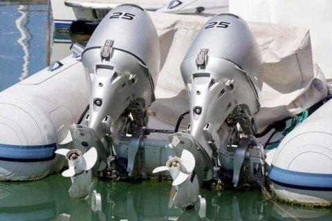 Hivernage moteur bateau Le Grau-du-Roi